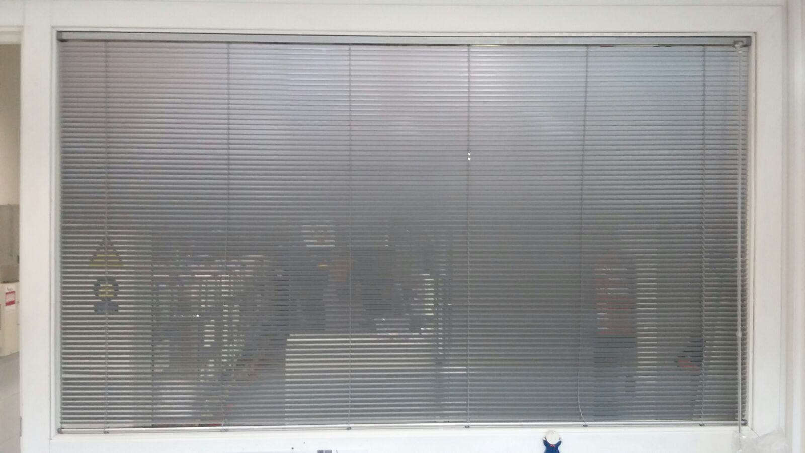 cortina veneciana de aluminio