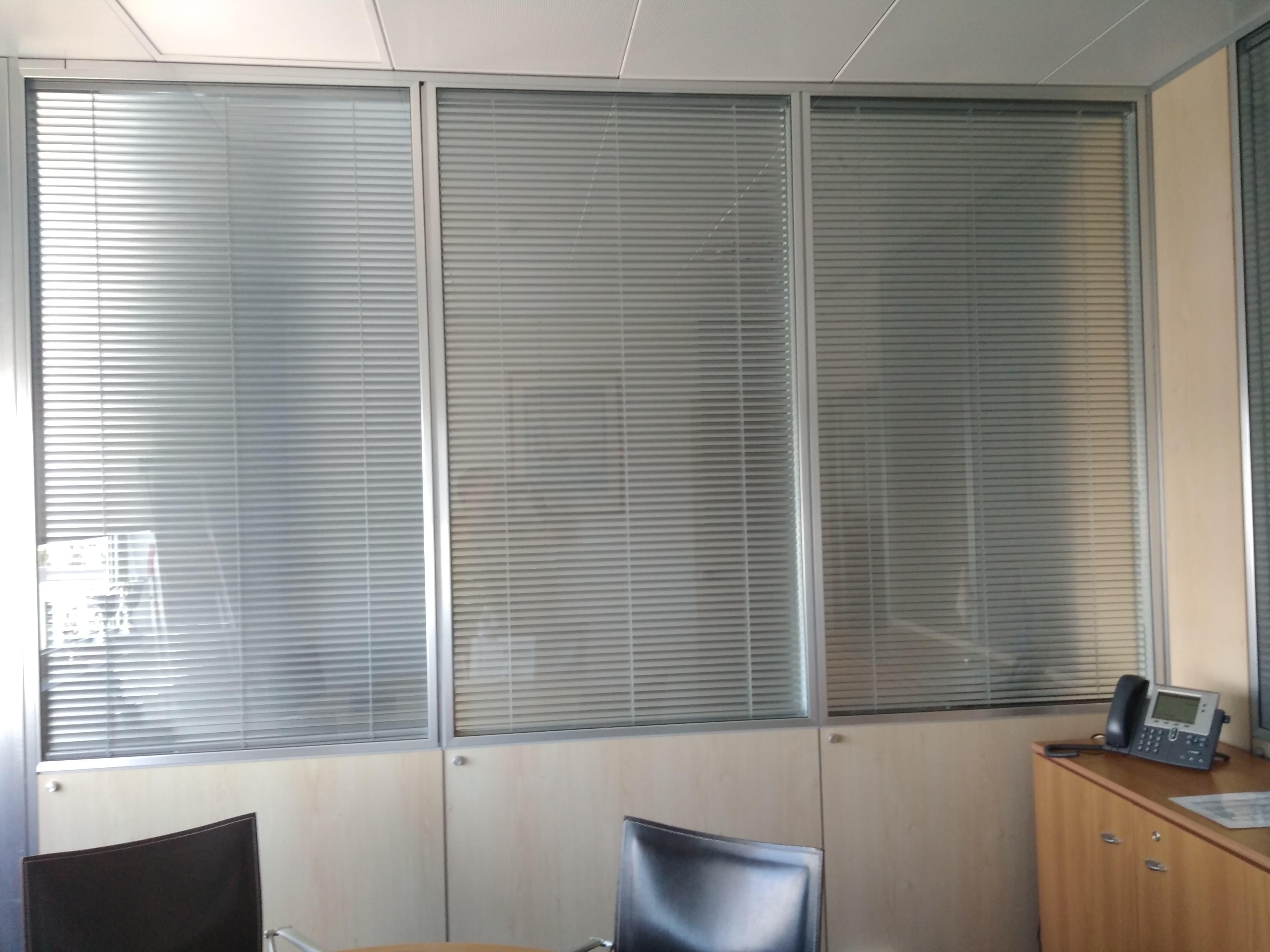 Cortitecnic - Cortinas verticales para oficinas ...